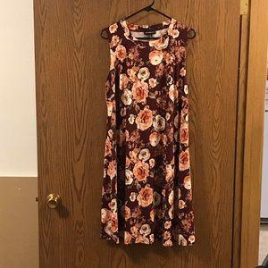 NWOT Fortune Ivy Flowered Dress